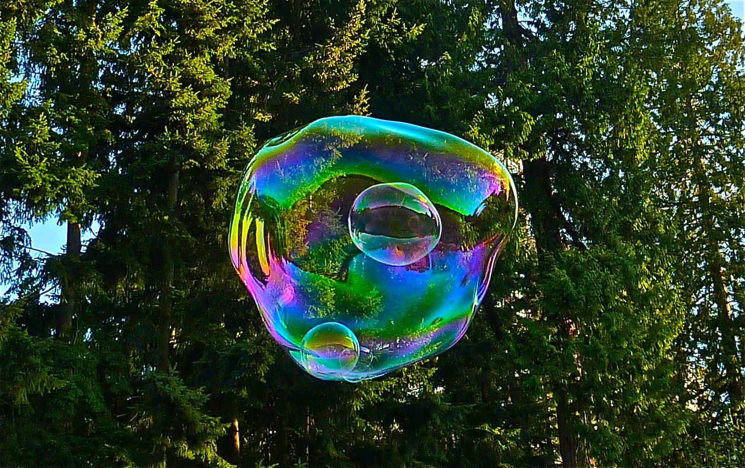 Blowing Large Soap Bubbles Claim Blowing Soap Bubbles
