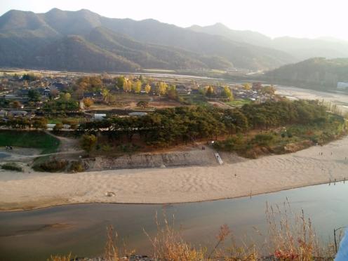 Korea-Andong-Hahoe_Folk_Village-01